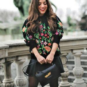 Zara floral sweatshirt, puff shoulders NEW small
